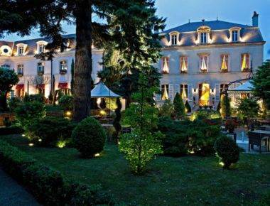 Le Cedre Beaune , Beaune - 5 Star Hotel in Burgundy
